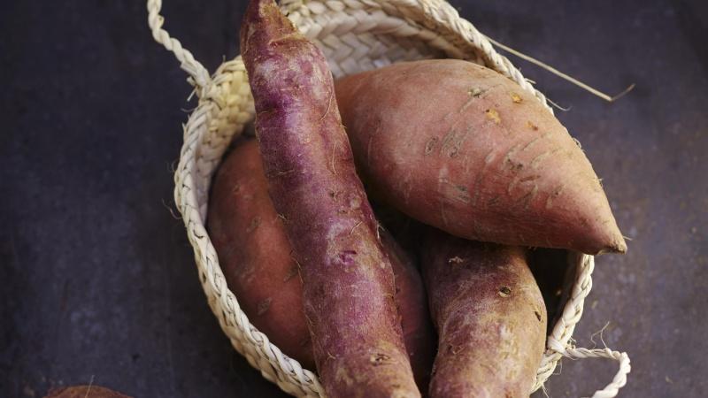 Patates douces entières
